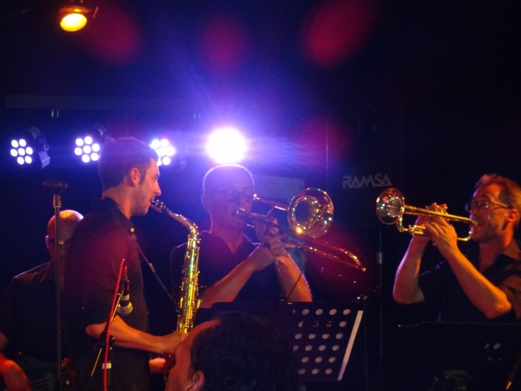 The Soulmachine live in der Gems in Rielasingen: unser formidabler Bläsersatz. Von links: Markus Keller, Matthias Werner und Jo Rink. Fotos: U. Will